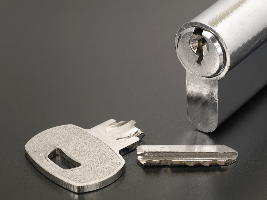 Pin tumbler of cylinder lock internal mechanism and broken key with copy space in Saint Clair Shores, MI.